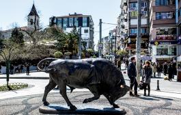 Kadıköy'deki Boğa Heykeli tescillendi