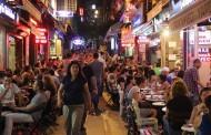 Bütün Renkleriyle Tarihi Kadıköy Çarşısı