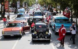 "Bağdat Caddesi'nde 30 Ağustos  ""Zafer Konvoyu"""