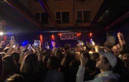 Kadıköy'de AnnenMayKannterit konseri izdiham yarattı