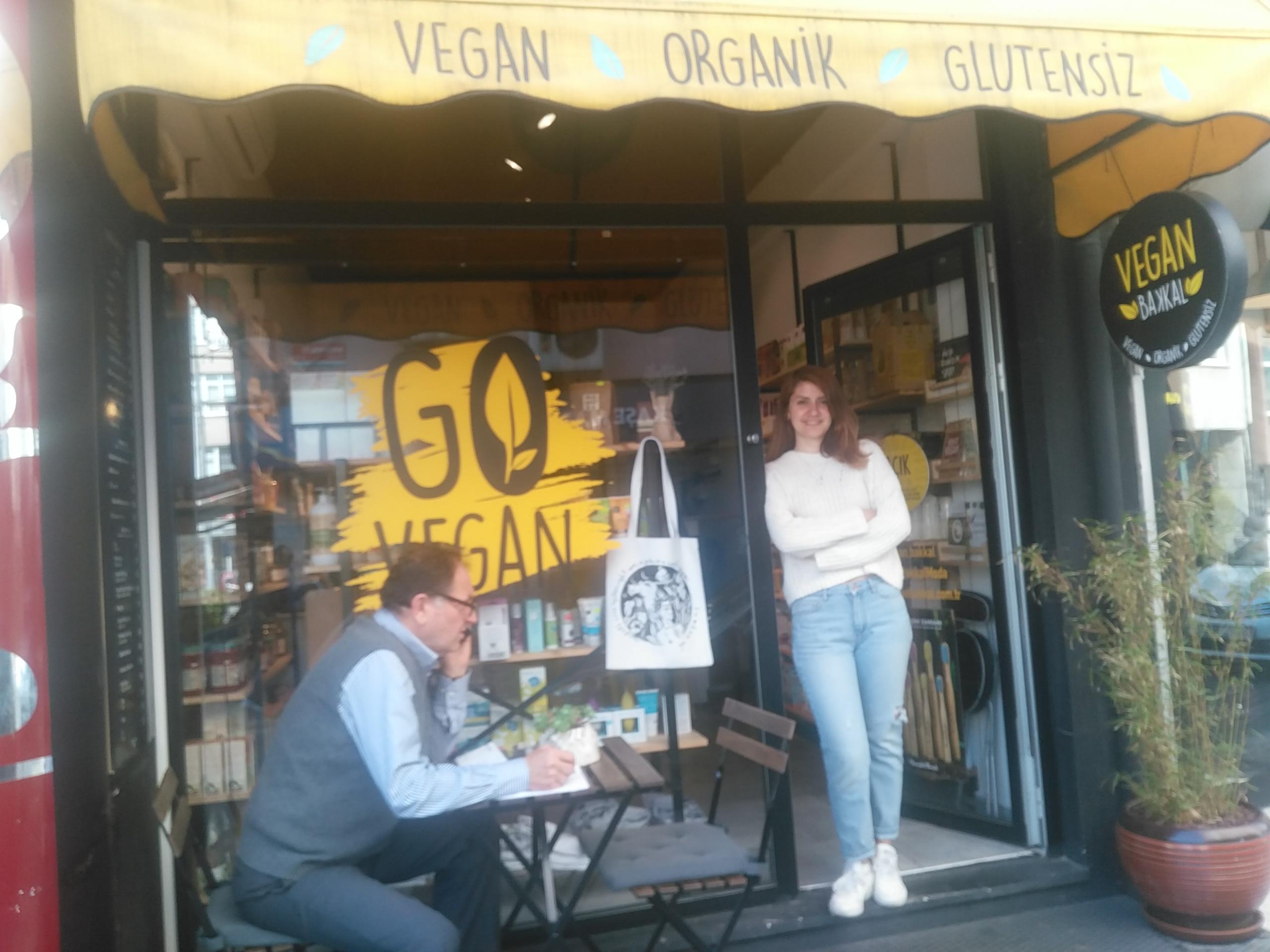Vegan , Moda'da hayvan sömürüsüne karşı politik bir duruş