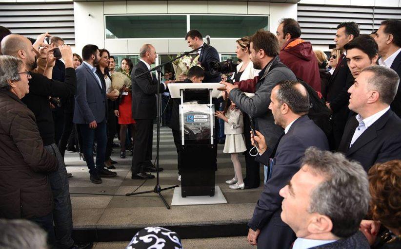Kadıköy Belediyesi'nde yeni başkan Şerdil Dara Odabaşı görevine başladı