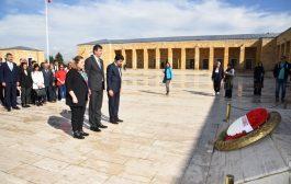 Başkan Odabaşı ve Meclis Üyeleri Anıtkabir'i ziyaret etti