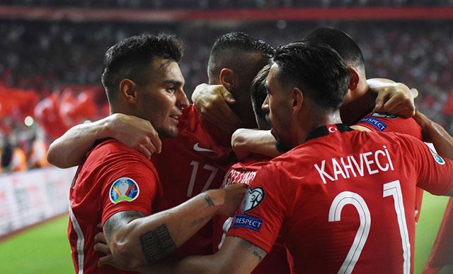 A Milli Takımımız Grup Lideri oldu  Türkiye : 2  – Fransa : 0