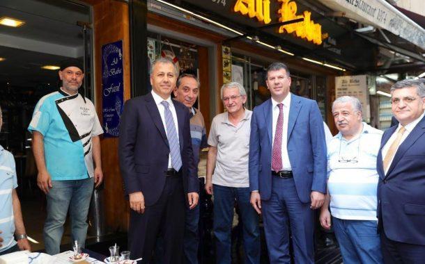 İstanbul Valisi, Kadıköy Kaymakamı ve Kadıköy Belediye Başkanından , Kadıköy Tarihi Çarşı'ya esnaf ziyareti