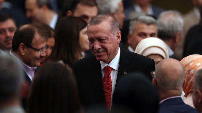 Erdoğan: Fırat'ın doğusuna harekat için hazırlıkları yaptık, belki bugün, belki yarın denecek kadar yakın