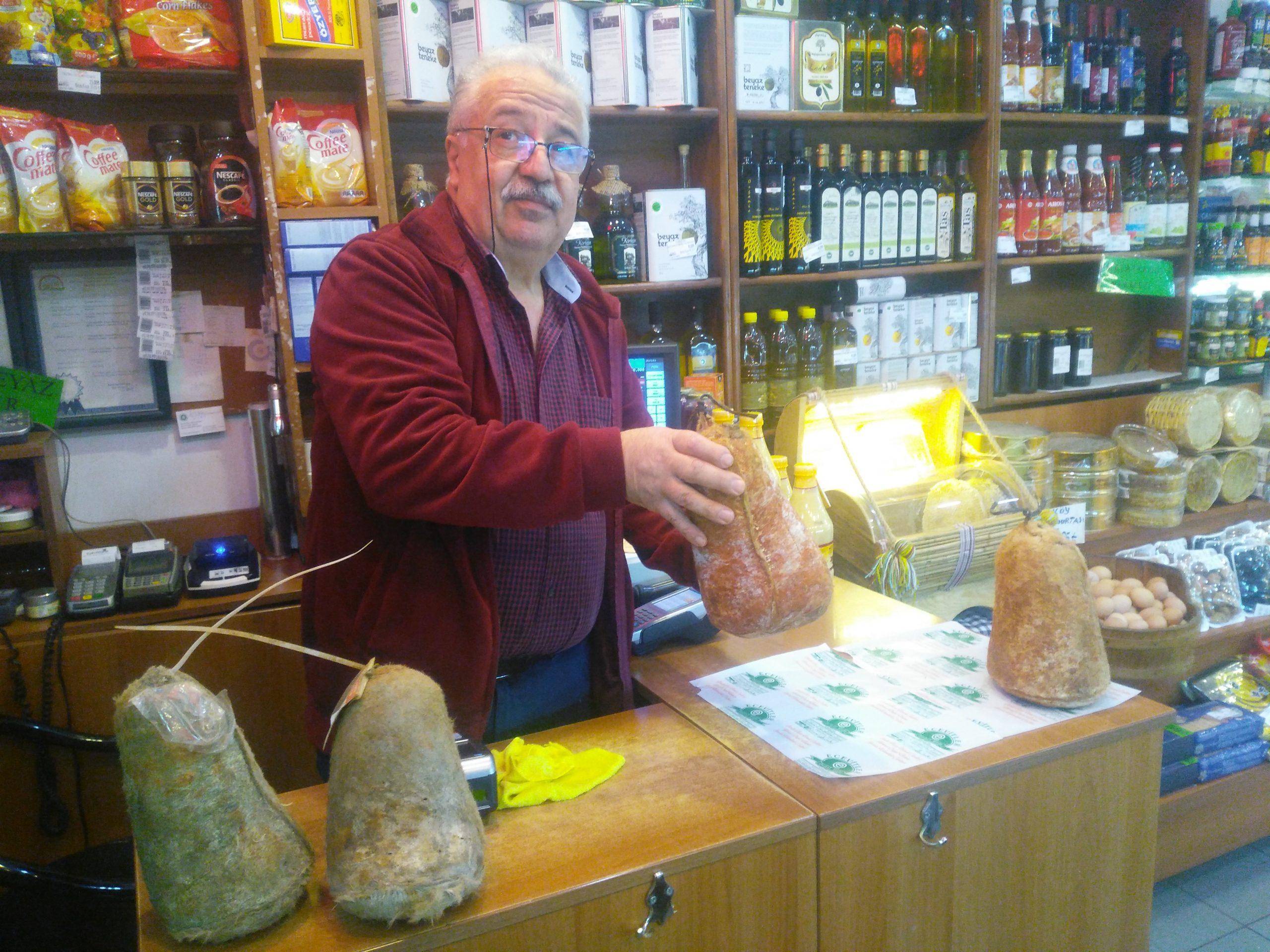 """Dünyanın en kaliteli ilk beş peyniri arasında gösterilen """" Divre Obruk Peyniri """""""