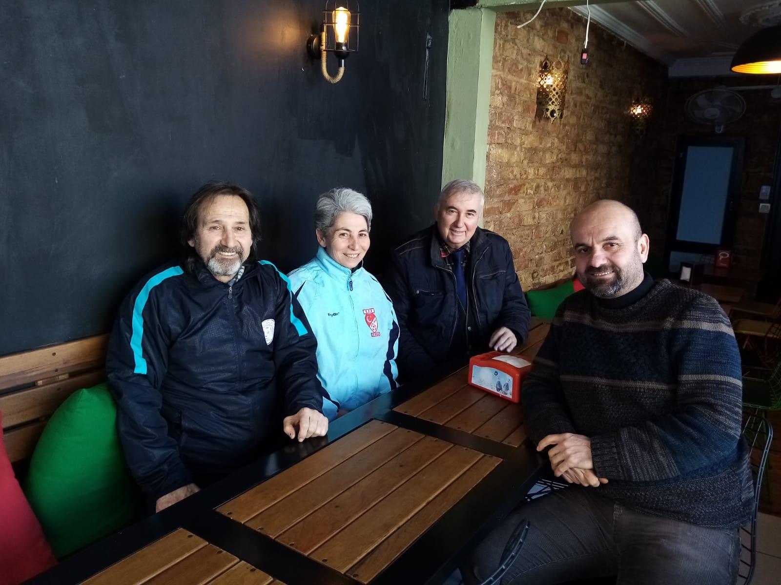 Kadıköy Çarşıspor Bayan Futbol Takımı kurulması çalışmaları tamamlandı