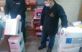 Kadıköy Belediyesi'nden, Kadıköy Tarihi Çarşı çalışanlarına erzak yardımı yapıldı