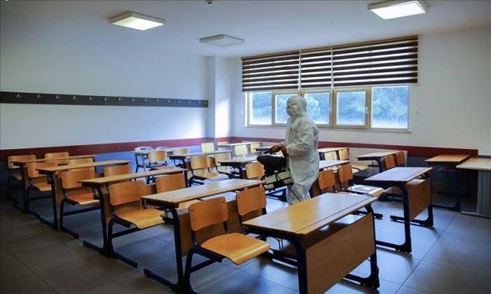 Eğitim-Sen, Kovid-19 görülen 172 okulun isimlerini açıkladı