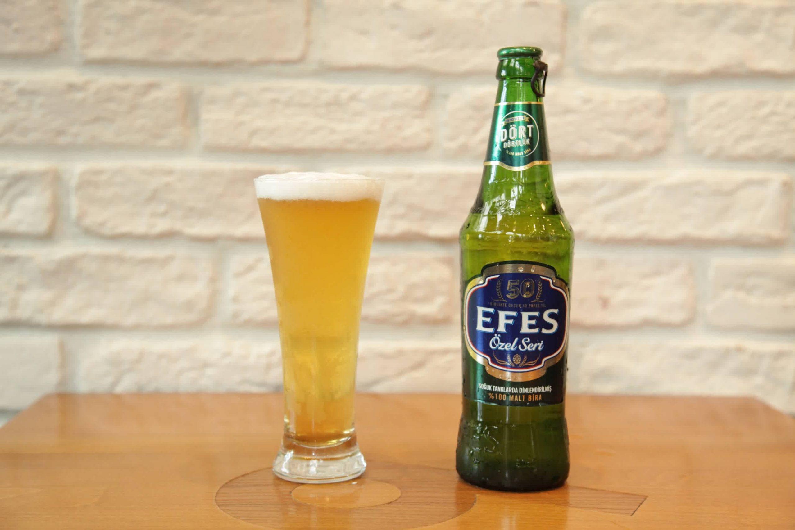 Efes Pilsen'in Kadıköy Tarihi Çarşı için,  özel bira tadımı ve lezzeti Dumlupınar Sokak'ta bulunan Kuzen Bahçe'de anlatıldı