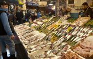 Kadıköy Tarihi Çarşı'da balık fiyatları