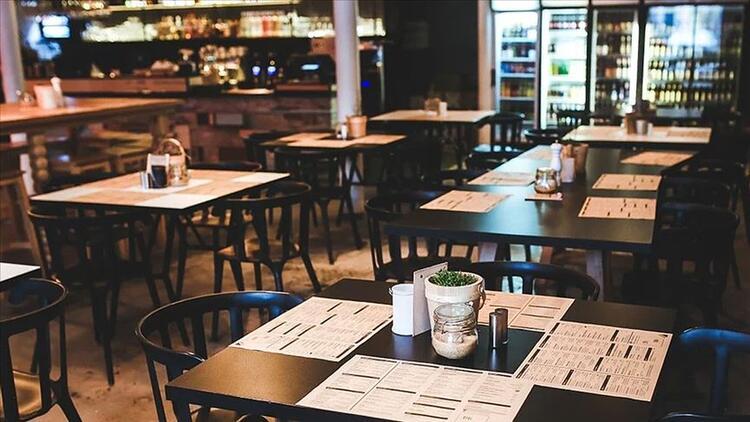 Esnafın beklediği kafe ve restoranların açılış tarihi için, Bakan Koca mart ayını işaret etti