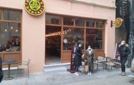 Kahve Dünyası'nın , Kadıköy Tarihi Çarşı mağazası açıldı