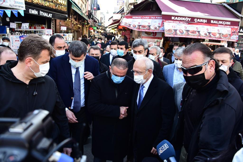 CHP Genel Başkanı Kemal Kılıçdaroğlu'nun Kadıköy Tarihi Çarşıya esnaf ziyareti
