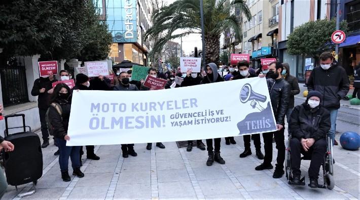 Kadıköy'de motokuryeler için eylem: Pandemi ortamında son 1 yılda, 191 motokurye yaşamını yitirdi.                           'Bizi öldüren patronların kar hırsıdır'