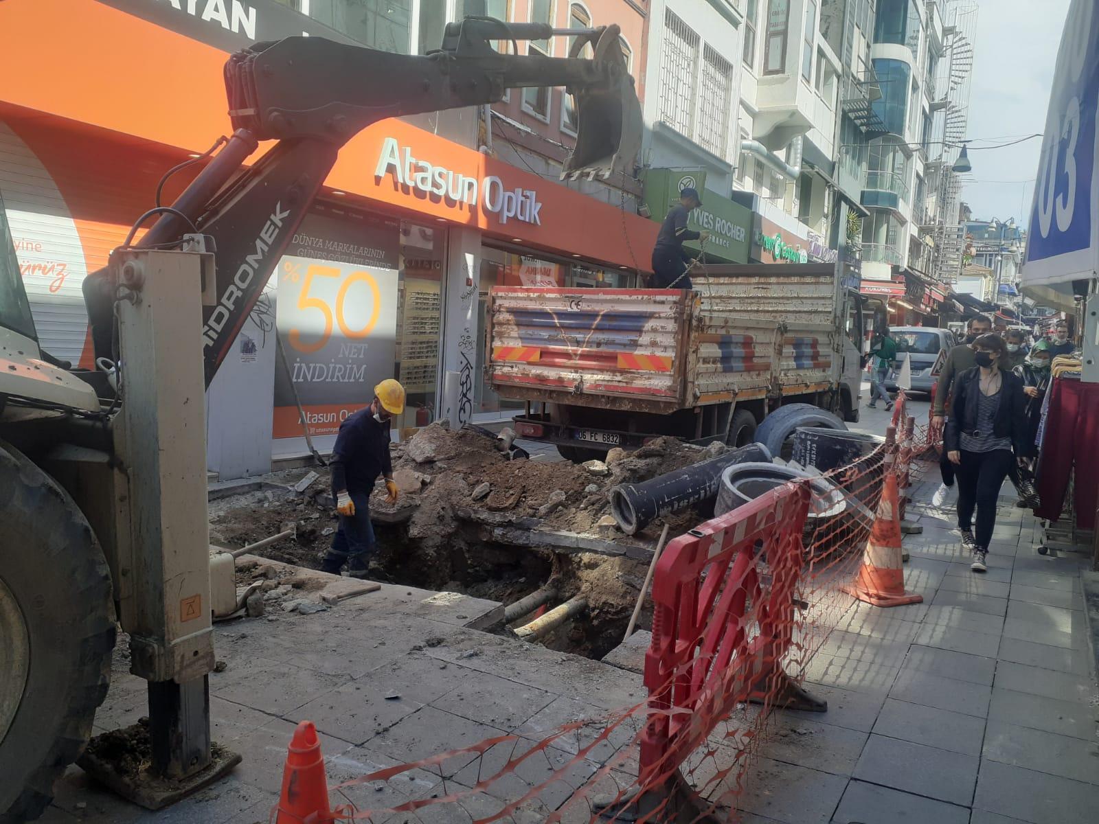 Yasa Caddesi'nde dün İSKİ'nin başlattığı çalışma bugün bitirildi